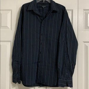 Claiborne Men's Button Up Shirt
